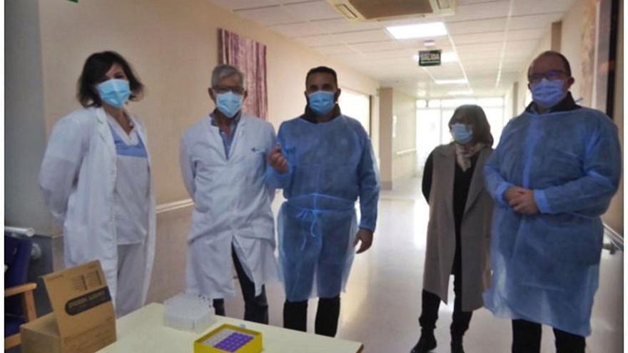 Técnicos de Sanidad niegan que autorizaran a que Bernabé Cano se vacunara