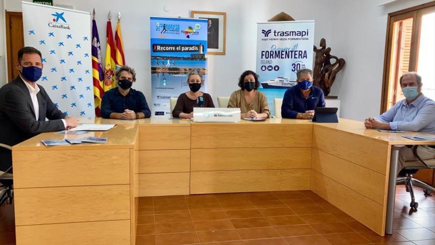 Cerca de 3.000 inscritos para la 'Mitja Marató' y el 8k de Formentera