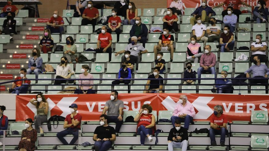 2.900 espectadores podrán acudir al estreno del UCAM en casa