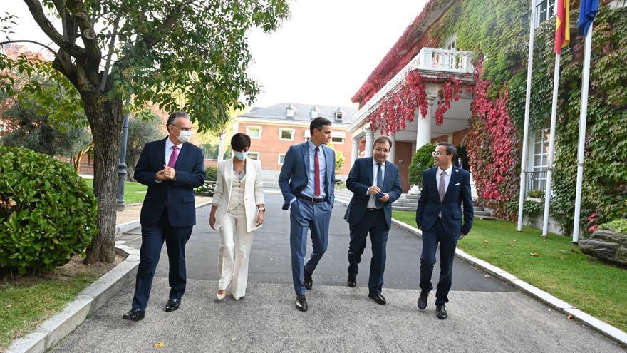Pedro Sánchez respalda el proyecto de fusión entre Don Benito y Villanueva