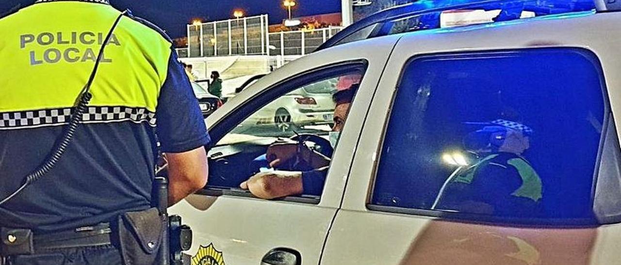 Un control de la Policía Local de El Campello