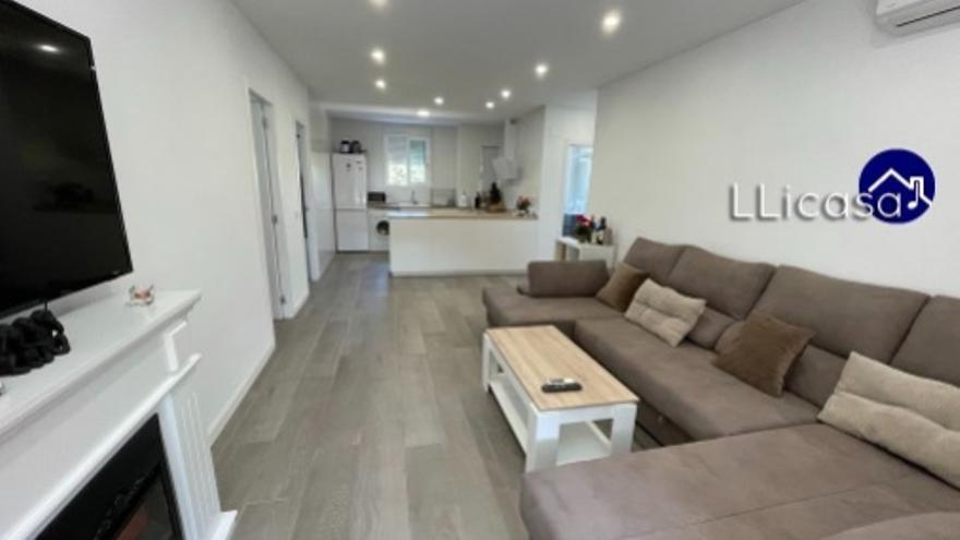 Desde 65.000 euros puedes encontrar un piso de 3 habitaciones en Benicalap
