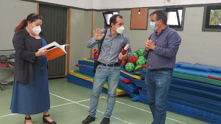 Las mejoras en el colegio Poeta Francisco Tarajano, en La Herradura, concluyen