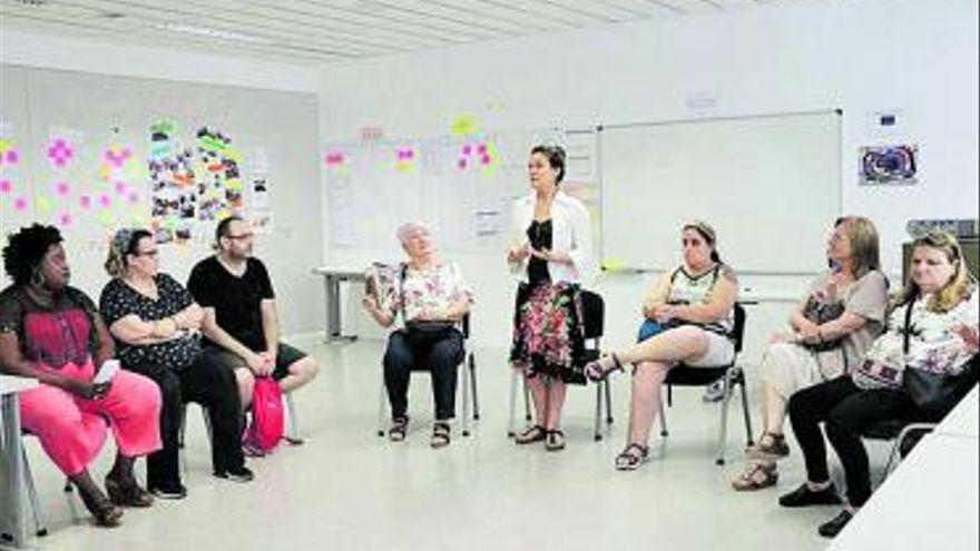 La Casa de la Dona de Torrent ayuda a cultivar la autoestima