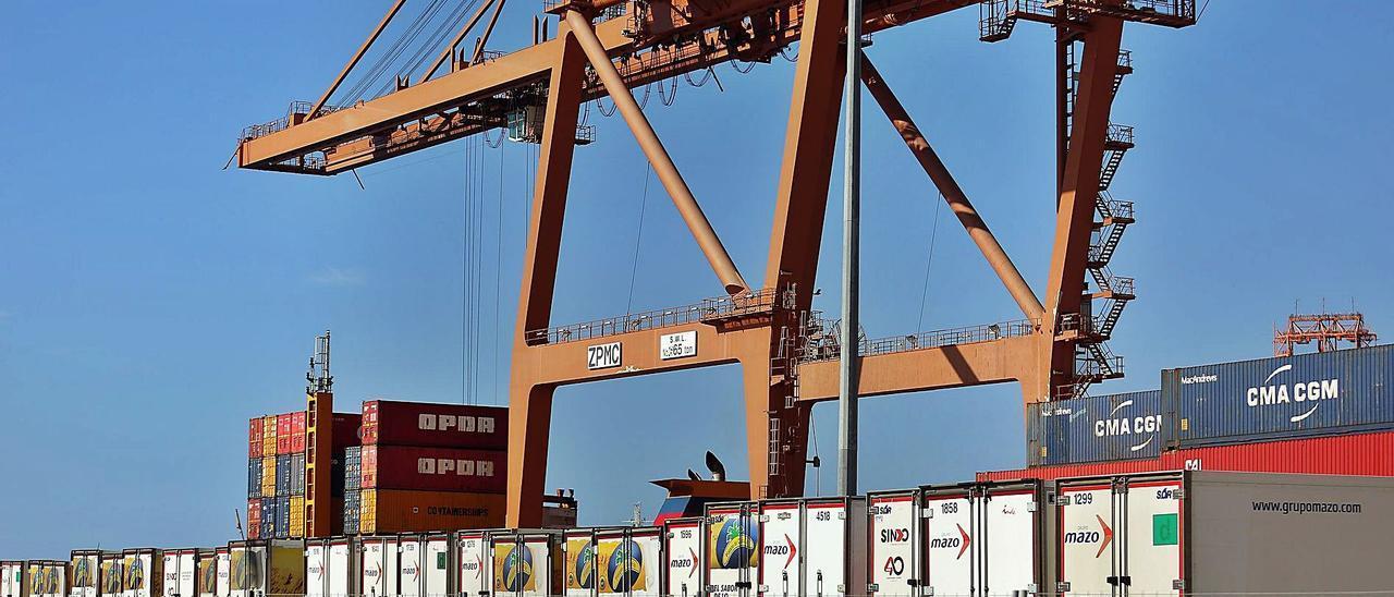La carestía de las materias primas y el transporte ya acorrala a las empresas