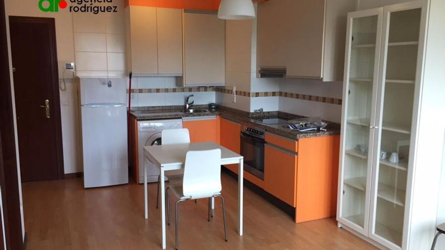 Así se vive en un piso de 30 metros cuadrados en Oviedo