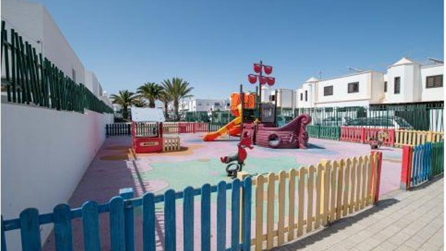 San Bartolomé licita la redacción de la mejora de los parques infantiles del municipio