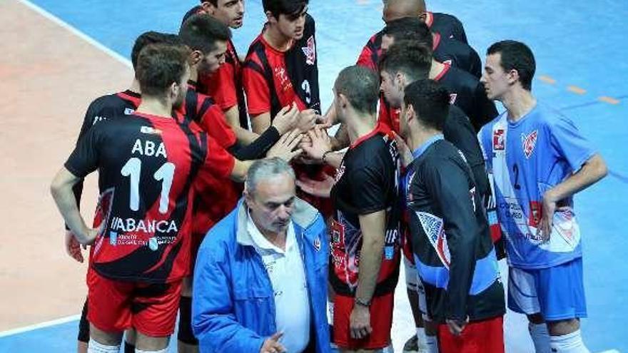El Club Vigo regresa a la senda del triunfo a costa del Arona