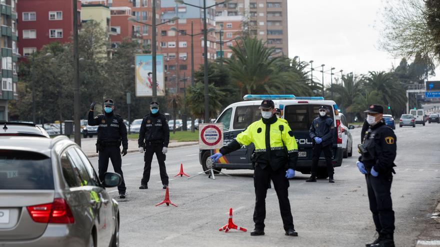 Más de 4.000 sanciones y 20 detenidos en el último fin de semana de cierre