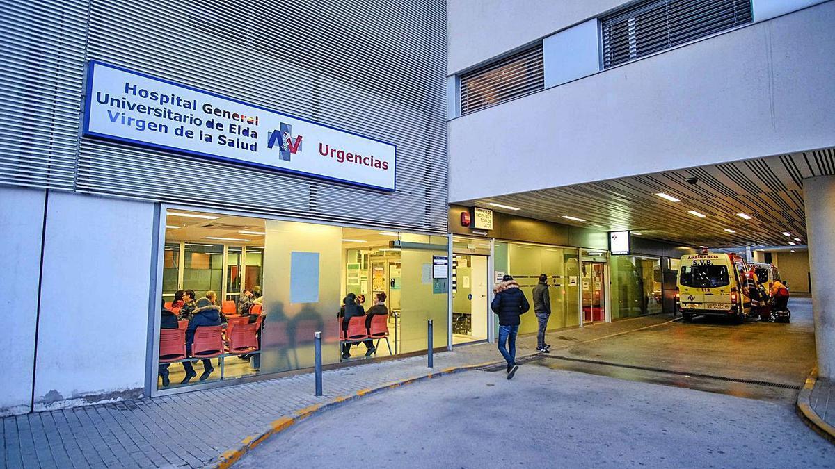 Façana de l'Hospital d'Elda, on va acudir la família del xiquet fins a cinc vegades. | LEVANTE-EMV