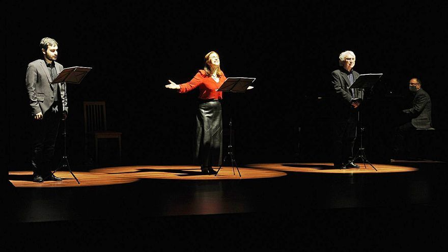 Recital dramatizado de poesía gallega actual en Cruces