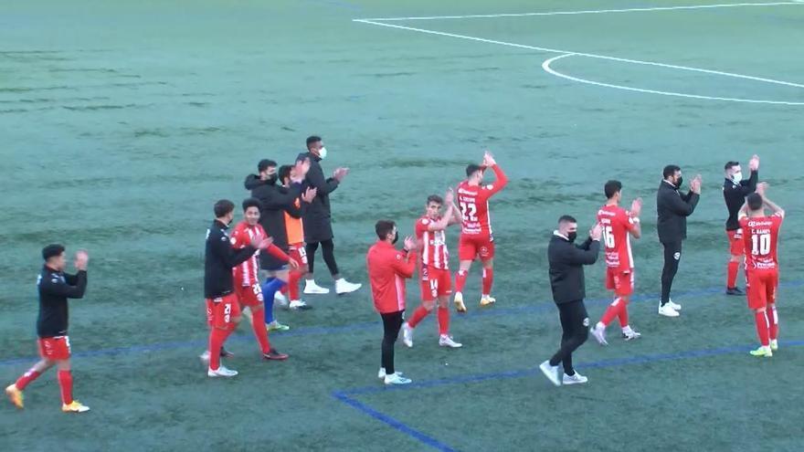 Los jugadores del Zamora celebran la victoria.
