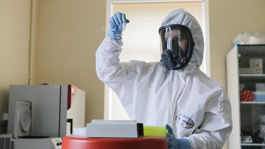 La CE cierra su segundo contrato para adquirir vacunas COVID-19 con Sanofi-GSK