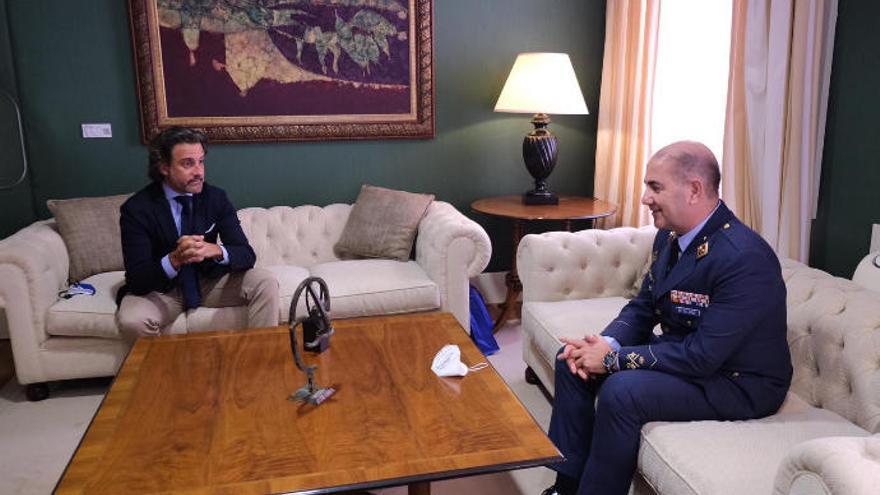 Fernando de la Cruz Caravaca cesa como jefe del Mando Aéreo de Canarias