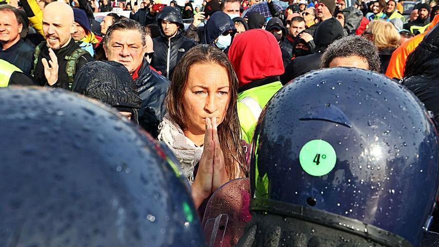 Tensió al port italià de Trieste per la protesta pel certificat covid