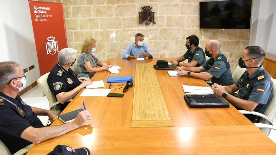 La Guardia Civil y la Policía Autonómica reforzarán la vigilancia en Xàbia, pueblo sin toque de queda