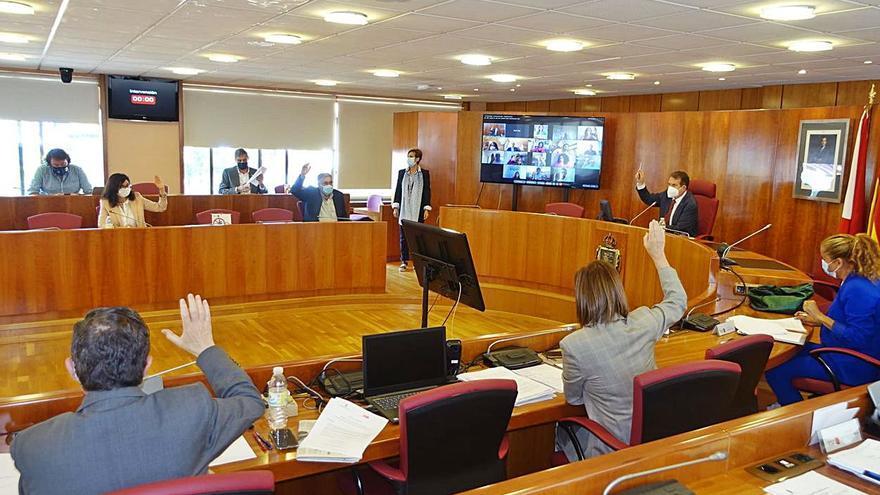 El pleno de Vigo demanda al Puerto que ponga punto final a los rellenos