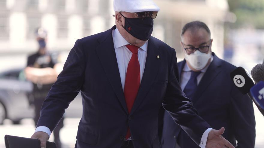 Villarejo ratifica que se mensajeaba con Rajoy sobre el presunto espionaje a Bárcenas
