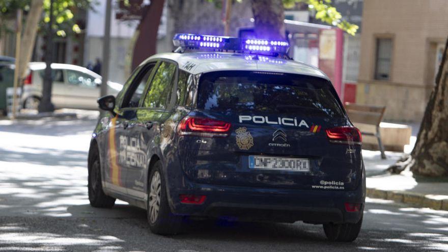 Policías y un médico salvan la vida a una mujer atragantada en Canarias