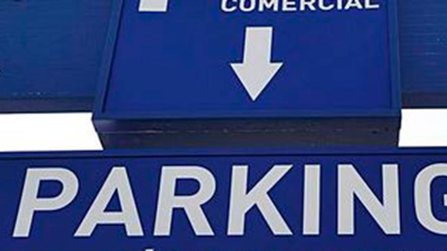 La razón por la que te pueden multar por dejar el coche en el parking y que cogen a muchos conductores por sorpresa