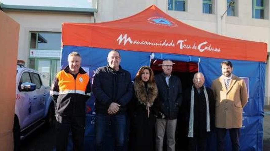 La Xunta entrega tiendas de campaña a nueve grupos de Protección Civil