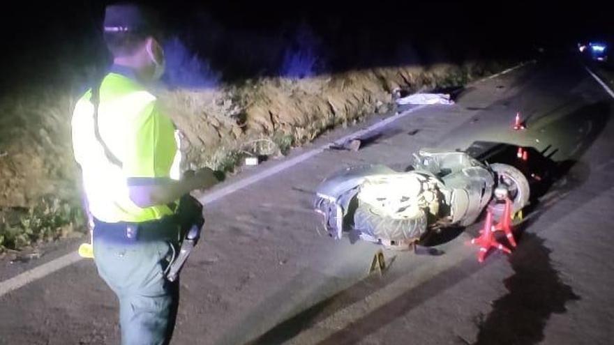 Un motorista muere al salirse de la calzada cerca de Monzón