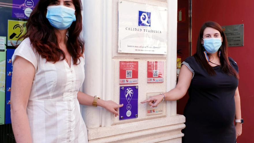 La Oficina de Turismo de Elda se incorpora a la red de Puntos Violetas Turísticos