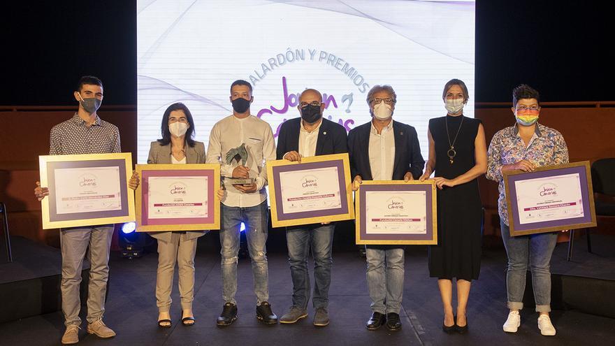La Fundación ADSIS recibe el galardón Joven Canarias 2021
