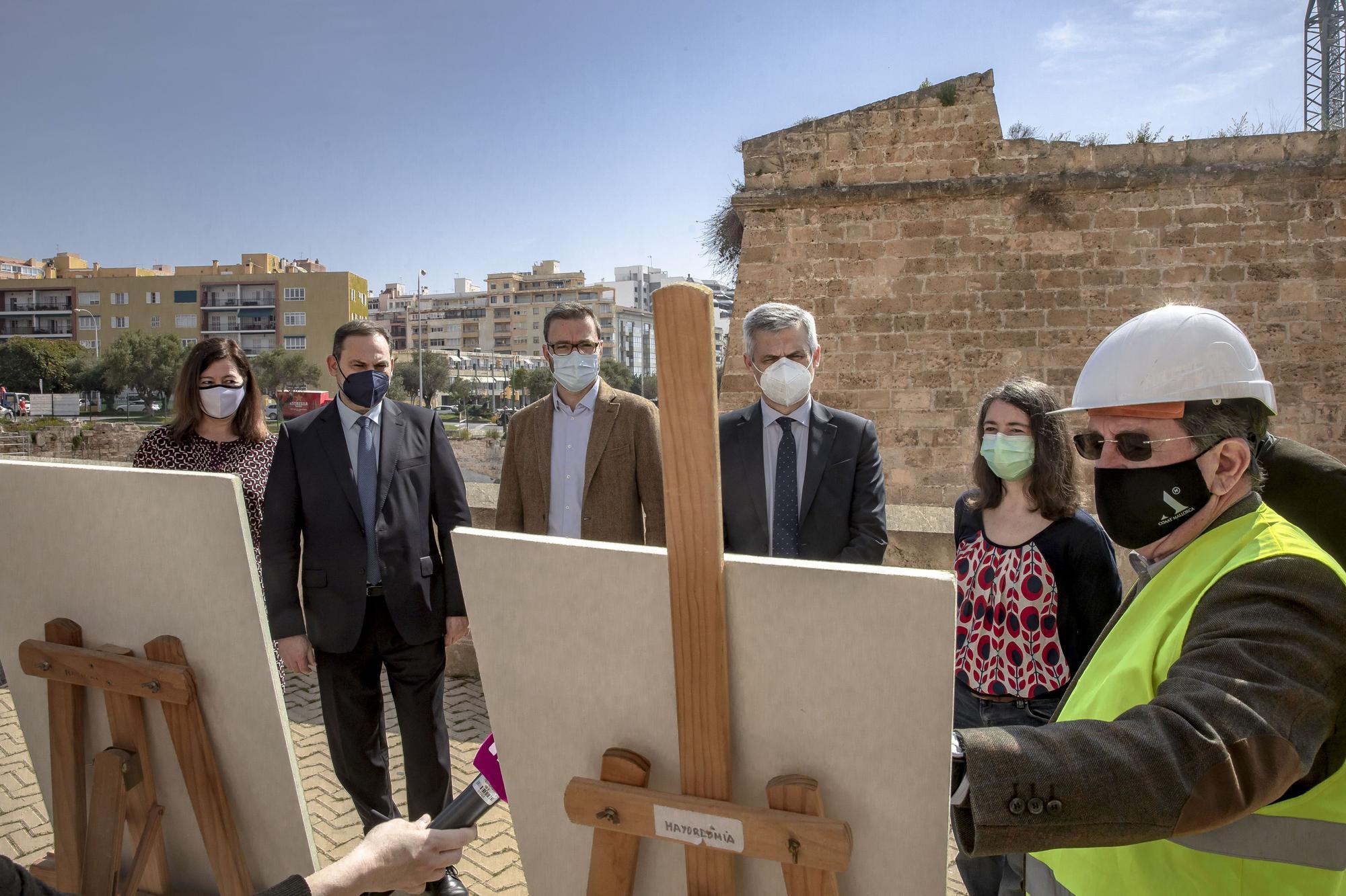 El ministro Ábalos visita el Baluard del Princep con la presidenta Armengol y el alcalde Hila