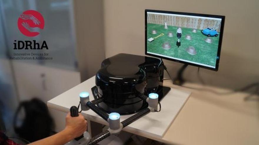 Una empresa de la UMH diseña un robot inteligente para hacer terapia y ejercicios