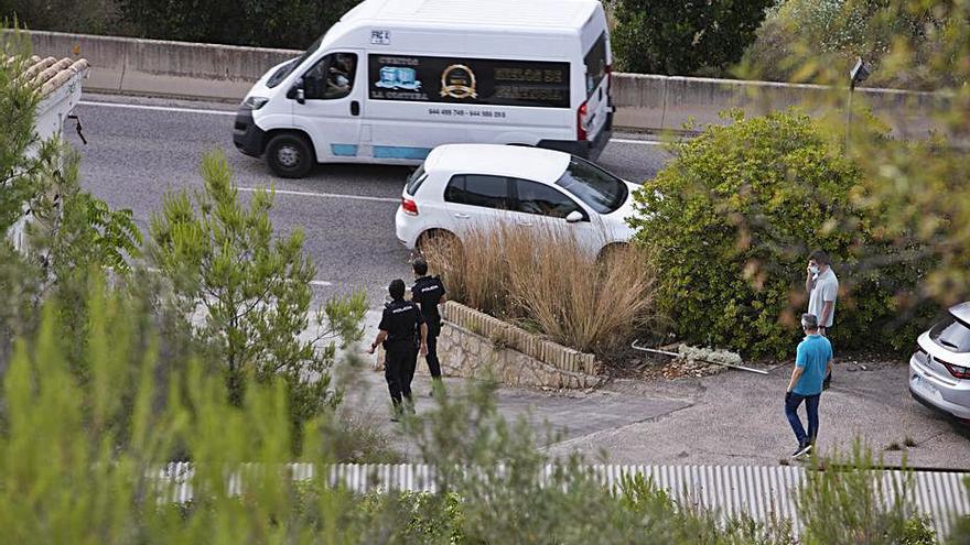 Un chatarrero halla el cuerpo sin vida de un sintecho en Xàtiva