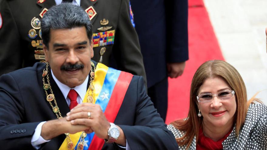 """Estados Unidos sanciona al """"círculo cercano"""" de Maduro"""