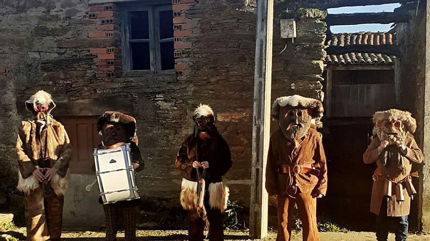 El Tafarrón de Pozuelo y los Zamarrones de Villarino pasean en solitario