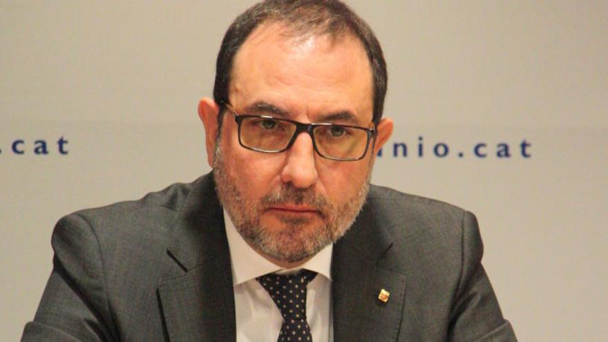 """Espadaler defensa la llista amb el PSC per """"eixamplar l'espai de centre"""" i abandona el referèndum pactat"""