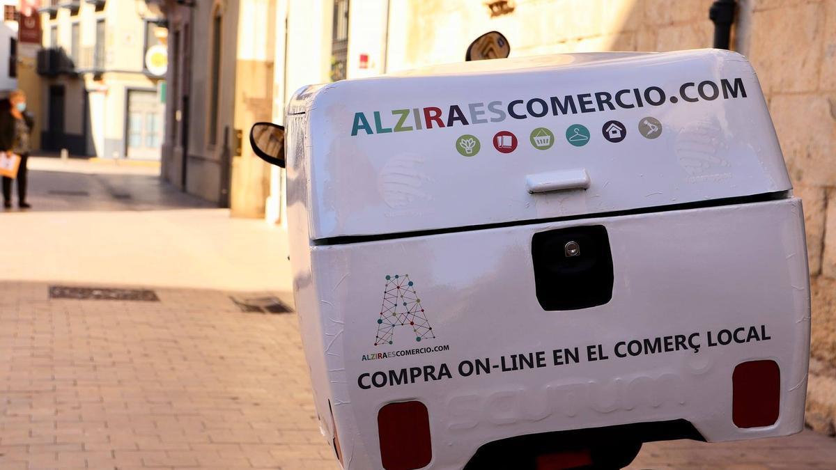 El Ayuntamiento de Alzira ha creado una nueva vía para las ventas del comercio local.