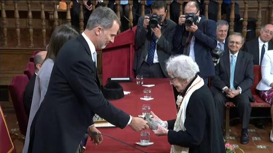 La uruguaya Ida Vitale recibe el Premio Cervantes