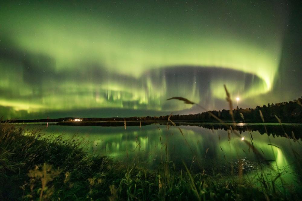 Northern Lights display illuminates Finnish ...