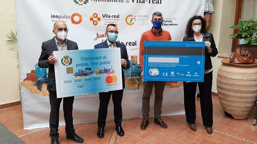 Vila-real lanza la tarjeta Fem poble para incentivar el consumo