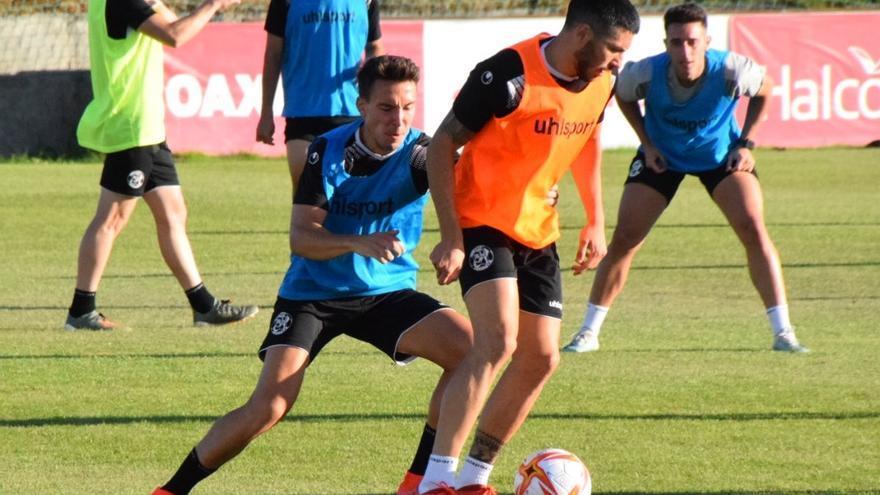 El Zamora CF prueba sensaciones en La Albuera