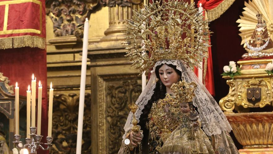 Continúa en San Cayetano la novena del Carmen