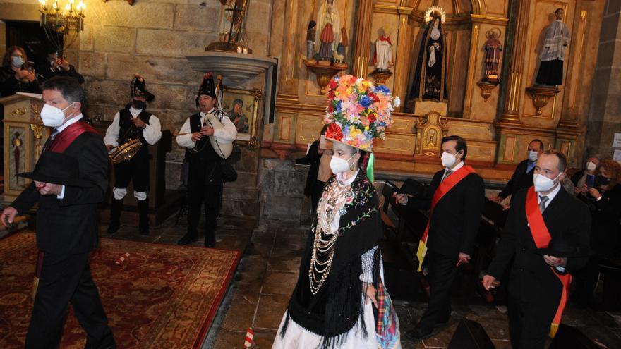 Aldán celebra San Sebastián con su ancestral danza, mermada por el Covid