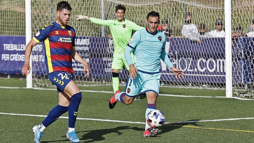 Andreu Guiu reanima la flama de l'ascens a Primera RFEF (2-0)
