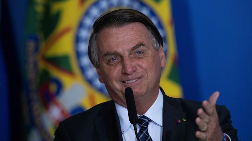 """Bolsonaro insiste en que no se vacunará para ir a la ONU: """"¿Para qué? Tengo los anticuerpos por las nubes"""""""