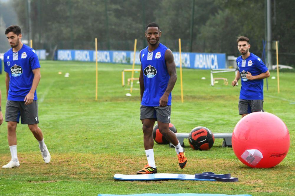 El Dépor entrena, con Lucho al margen por lesión