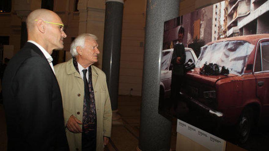 Sarajevo inaugura l´exposició ´No ens n´oblidem´ del fotoperiodista gironí Miquel Ruiz