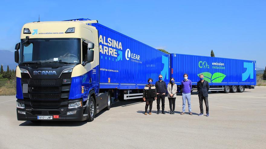 Calsina Carré incorpora un duo trailer: un gegant de 33 metres i 70 tones de capacitat