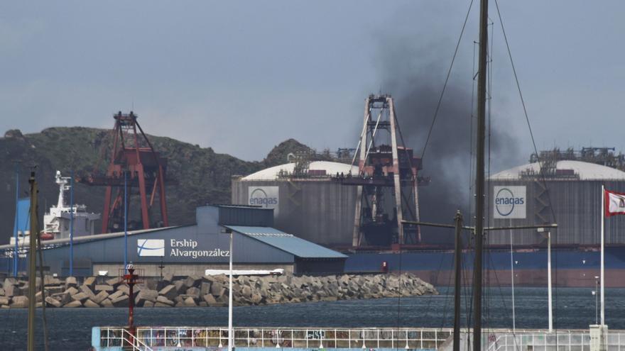 """""""No sabemos si el carbón llega a la playa, pero aquí lo respiramos"""", dicen los vecinos de la zona oeste"""