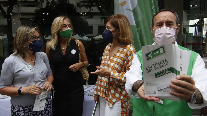 La AECC pide que los menores estén especialmente protegidos contra el humo del tabaco