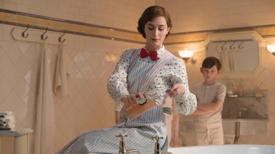 Mary Poppins vuelve a volar en los cines