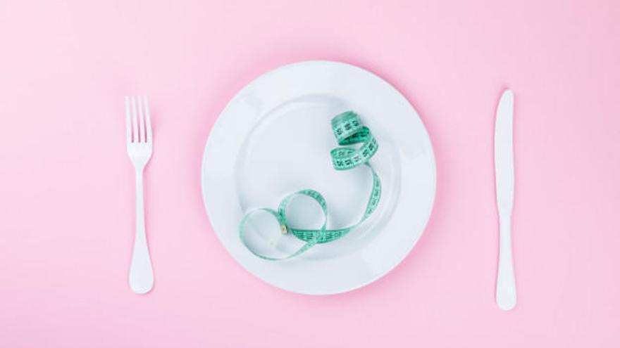 L'únic producte que has de desterrar de la teva dieta per perdre cinc quilos de pes en un mes